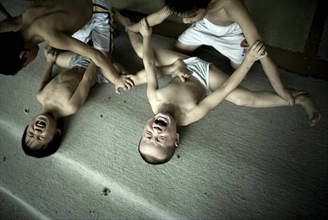 Chinese Children Training To Become Olympic Athletes - 04.