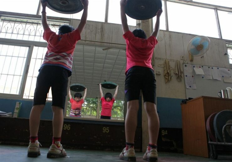 Chinese Children Training To Become Olympic Athletes - 12.