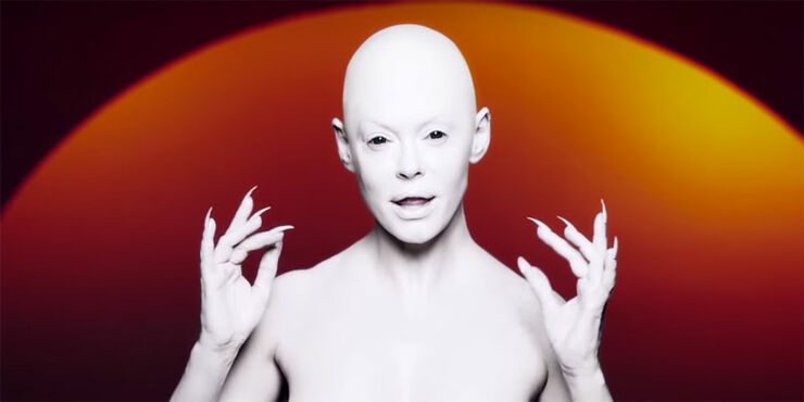 Rose-McGowan-music-video