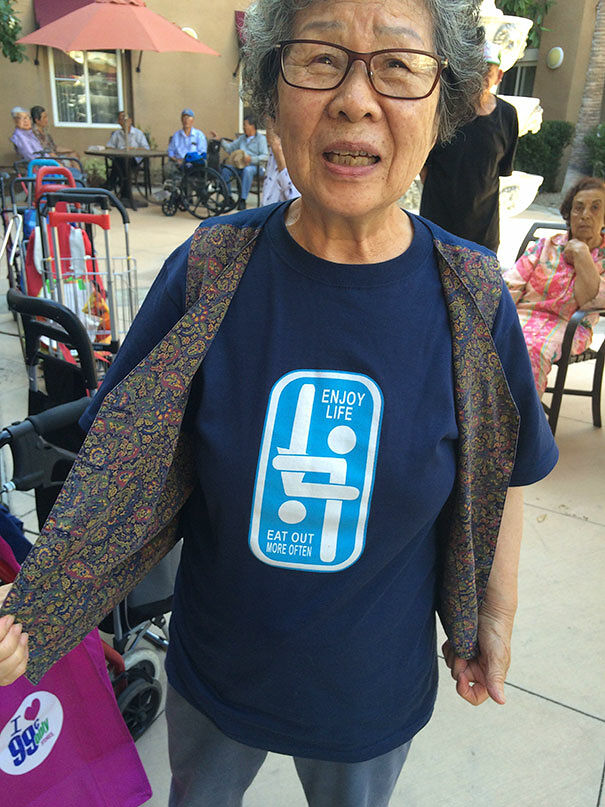 T-Shirts In Asia - 41.
