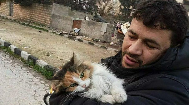 cat-man-aleppo-syria-1
