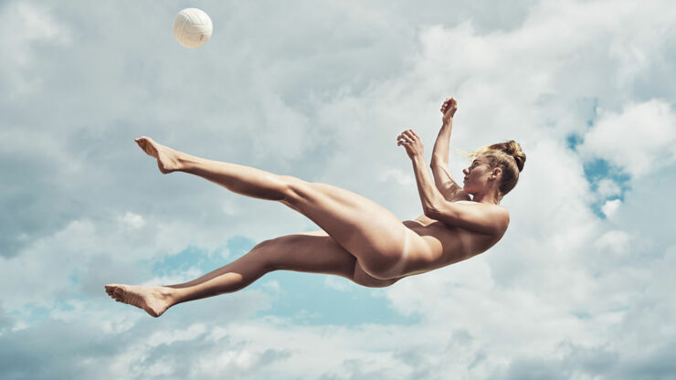 Naked Athletes April Ross_01b.
