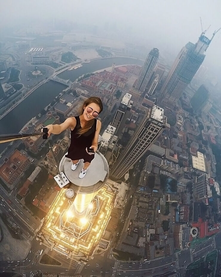 Angela Nikolau Is An Crazy Roofing Daredevil - 32.