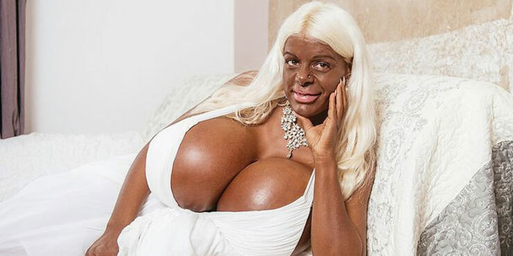 Martina Big The Tanning Addict Model.
