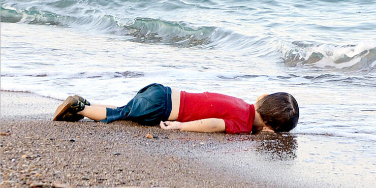 Alan kurdi the boy on the beach.