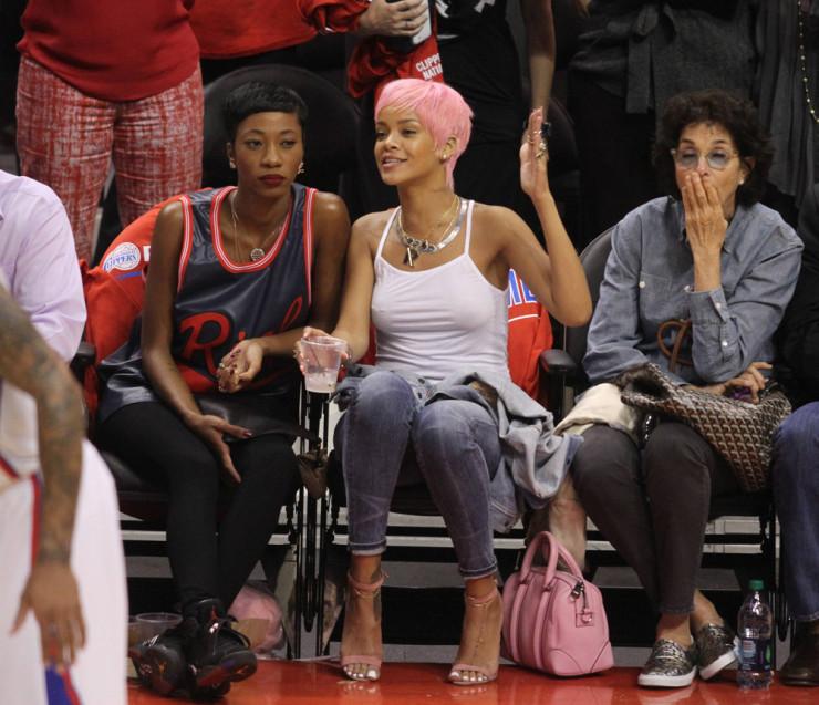 Rihanna-Givenchy-Lucrezia-Bag-4