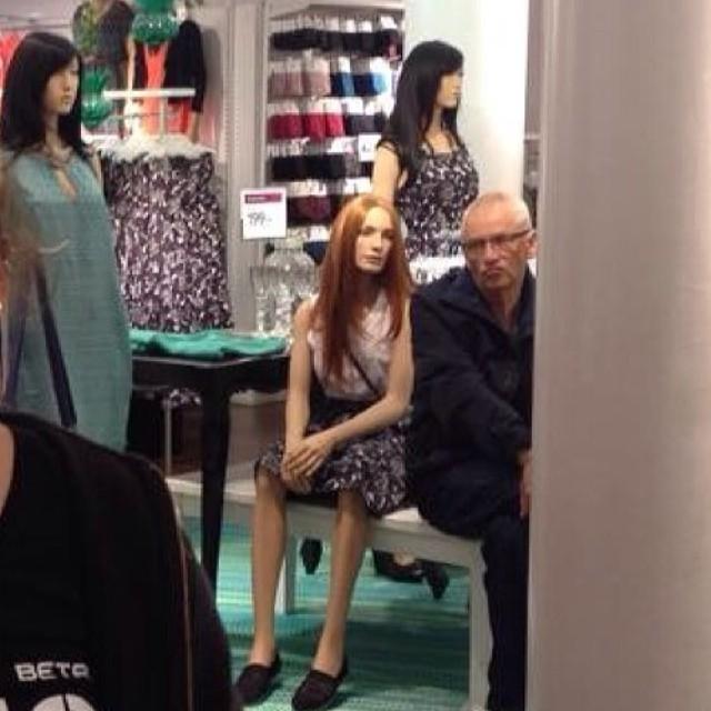 men hate shopping 06.