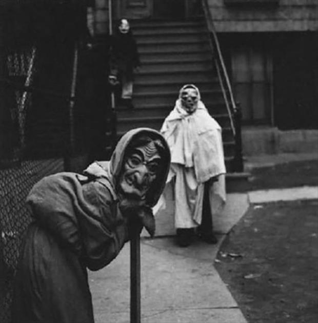 Vintage Halloween Pictures 01.