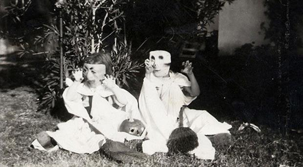 Vintage Halloween Pictures 05.