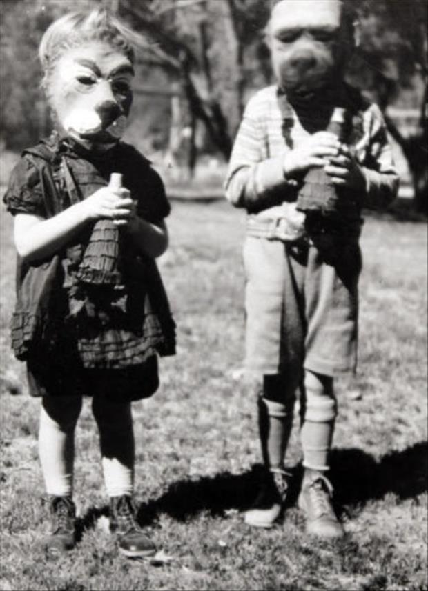 Vintage Halloween Pictures 06.