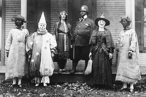 Scary Costume Photos 01.