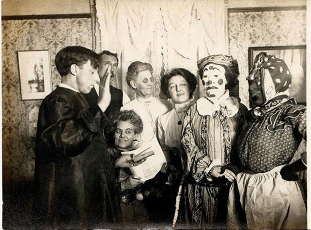Vintage Halloween Pictures 13.