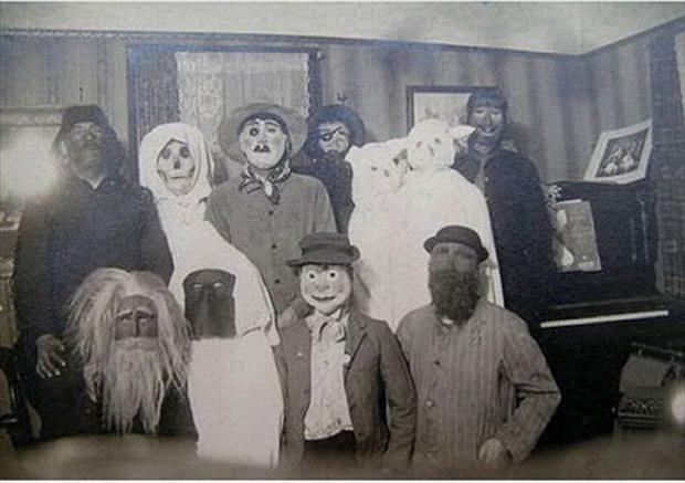 Scary Costume Photos 07.