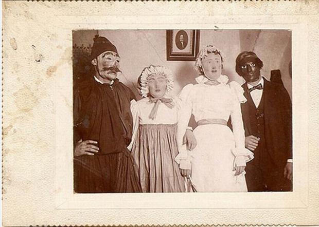 Vintage Halloween Pictures 15.