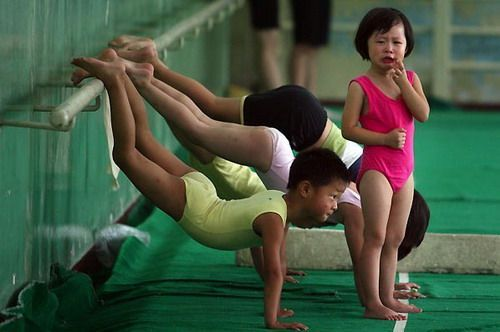 Chinese Children Training To Become Olympic Athletes - 01.