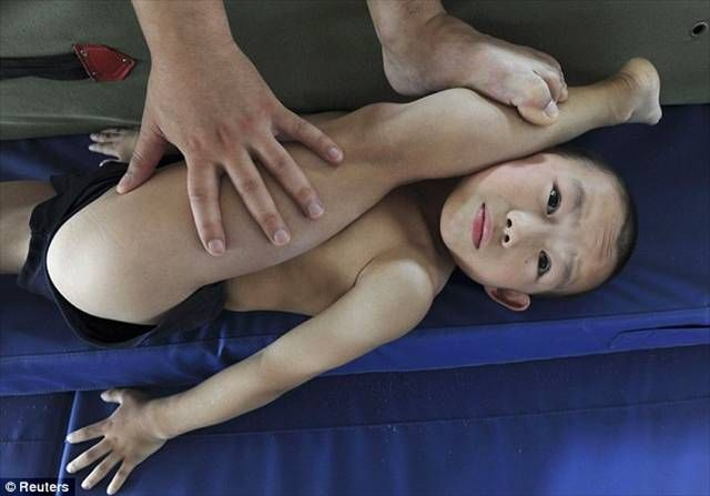 Chinese Children Training To Become Olympic Athletes - 10.