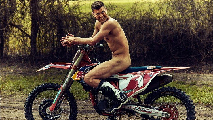Naked Athletes Ryan Dungey_01b.