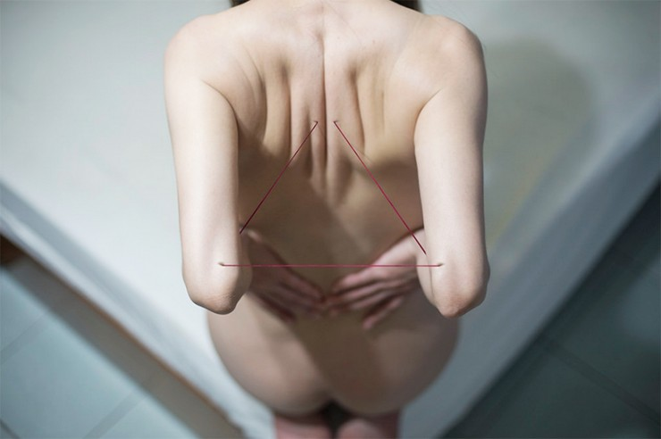 yung-cheng-lin-digital-body-art-manipulation-designboom-06