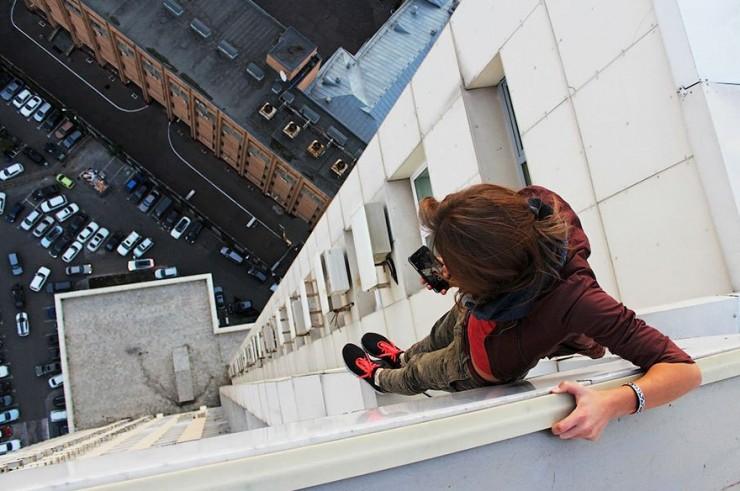 Daredevil Roofer Selfies - 06.