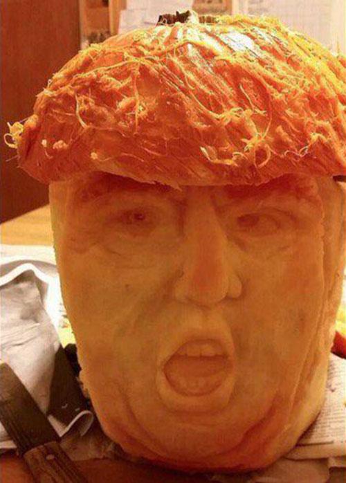 Scary Jack O Lantern carvings 06.