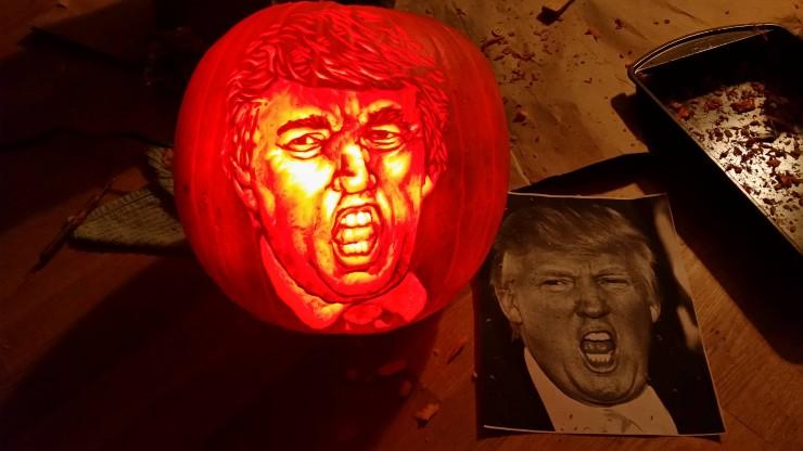 Scary Jack O Lantern carvings 07.
