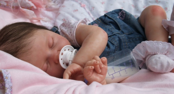 Reborn Babies And The People Addicted To Silicone Dolls - 04.