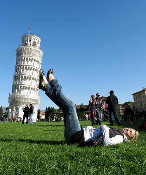 forced perspective photography examples 28.
