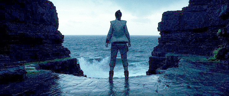 Disney Releases Images From The Last Jedi Trailer 05.