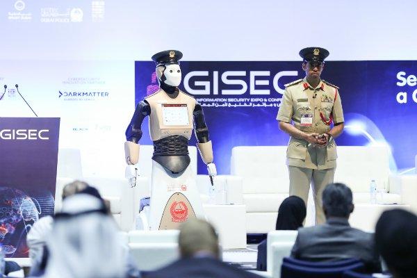 robot cop 02.