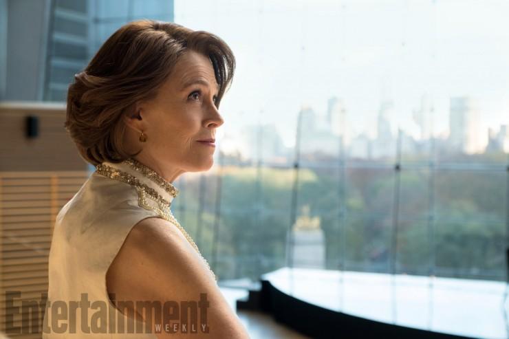 Marvel The Defenders Sigourney Weaver as Alexandra 08.