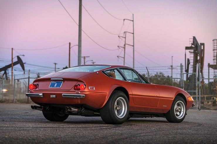 Ferrari Daytona 365 GTB4 01.