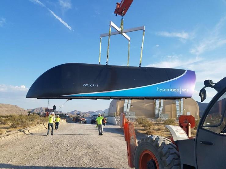hyperloop one 01.