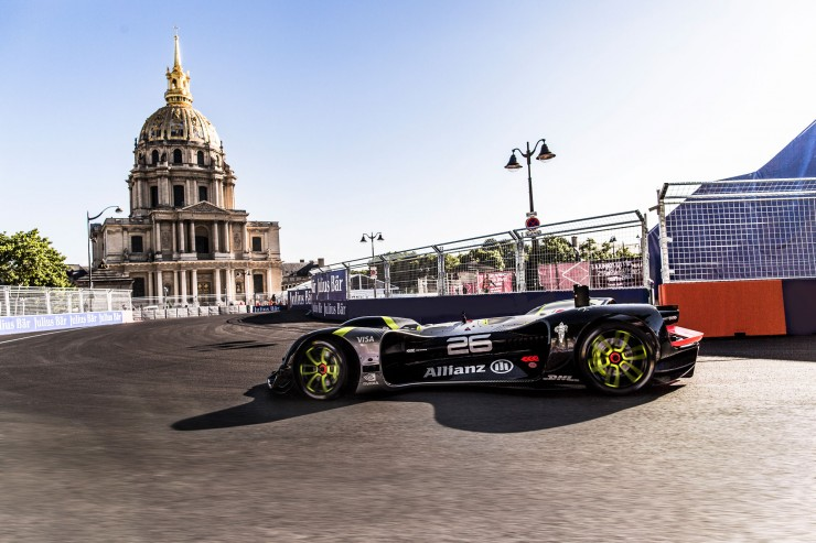 Formula E Roborace self driving car 01.